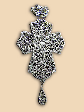 Silver filigree pectoral cross of Bishop Hrisostomos (Stolic)